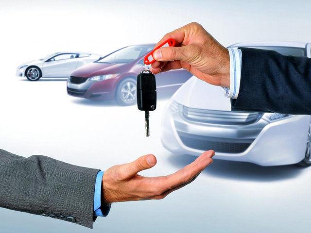 فراز و نشیب قیمت خودروهای داخلی در سالی که گذشت