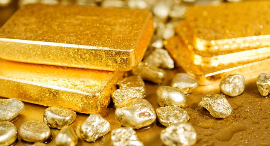 طلا عقبنشینی کرد