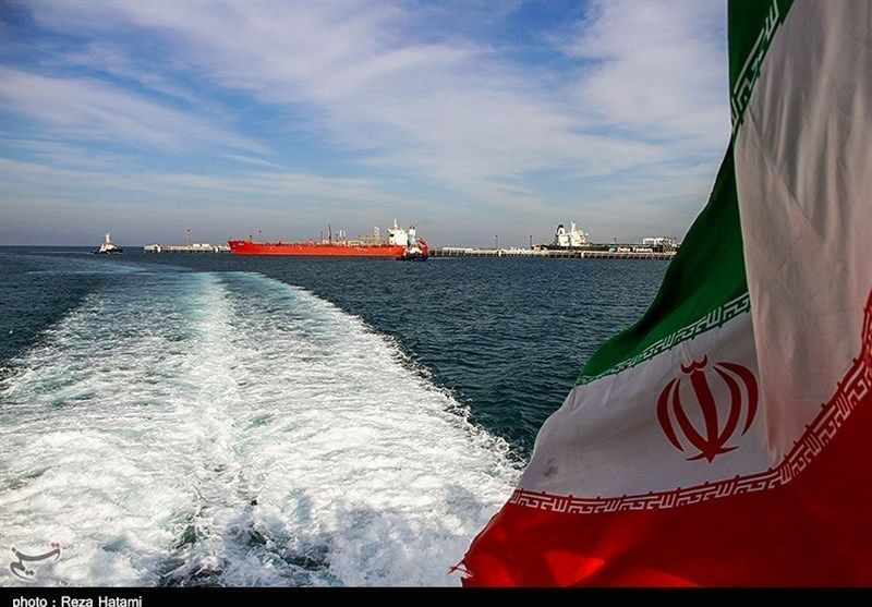 ایران با دور زدن تنگه هرمز از دریای عمان نفت صادر میکند