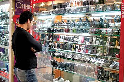 قیمت گوشیهای وارداتی چگونه محاسبه میشود؟