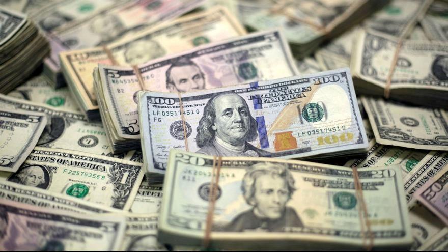 افت قیمت طلا و ارز در بازار