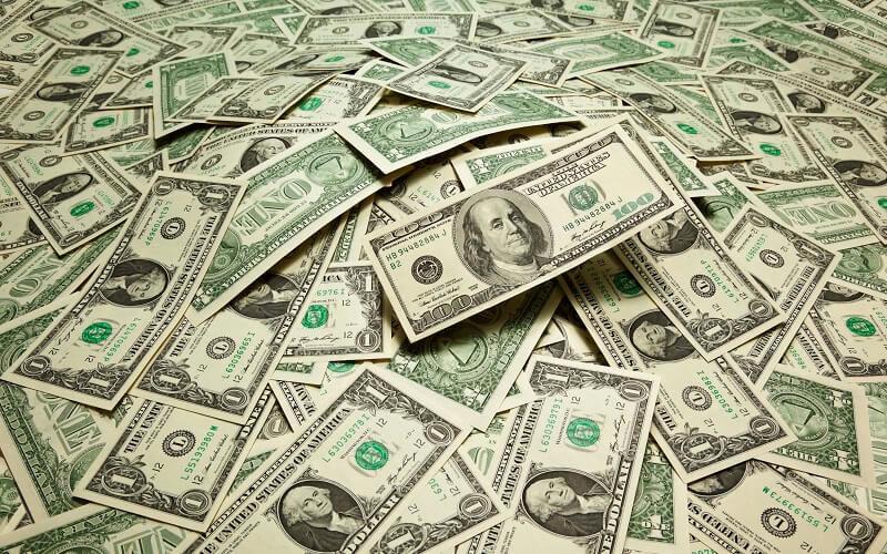 ادامه روند کاهشی نرخ ارز در بازار