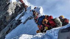 تصویر نفس گیر از کوهنوردان در مسیر صعود به اورست