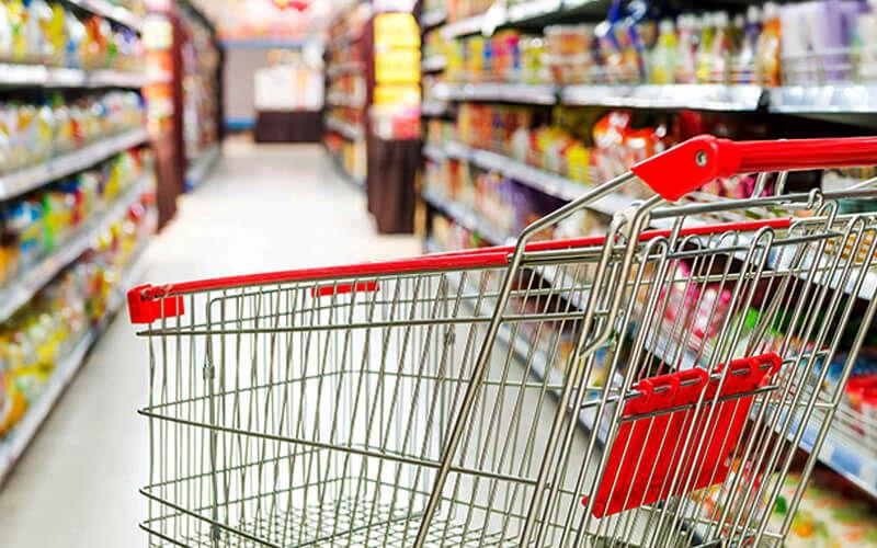 کارت اقشار کم درآمد برای دریافت سبد حمایتی شارژ شد/عرضه سبد در فروشگاههای زنجیرهای