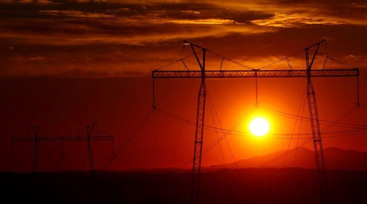 قیمتهای بالای نفت از کمبود انرژی جهانی حکایت دارند