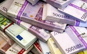 یک میلیارد یورو کرونا کجاست؟/ کادر درمان منتظرند!