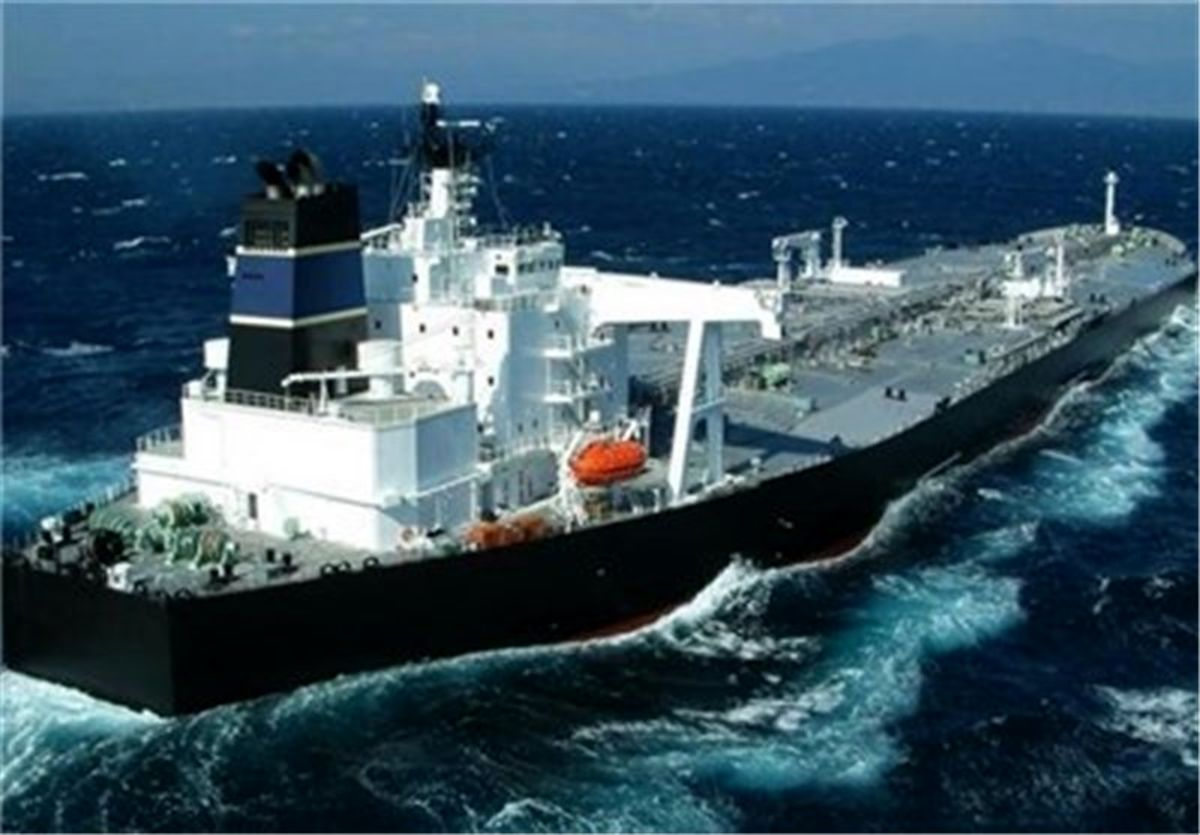 ذخیره بنزین در کشتی های گران قیمت آمریکایی به دلیل کاهش مصرف
