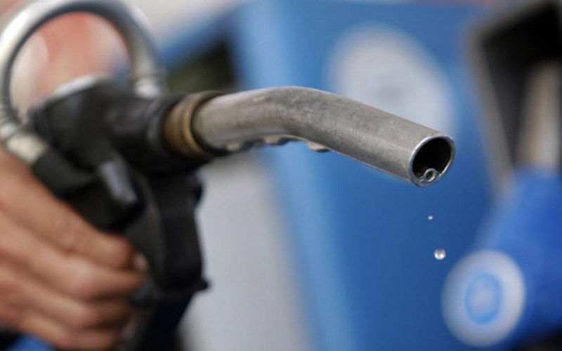 رشد ۲۱ درصدی واردات بنزین در سال ۹۵