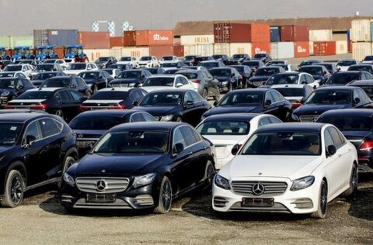 با توجه به کمبود عرضه خودرو، طرح واردات مشروط خودرو به تنظیم بازار کمک میکند