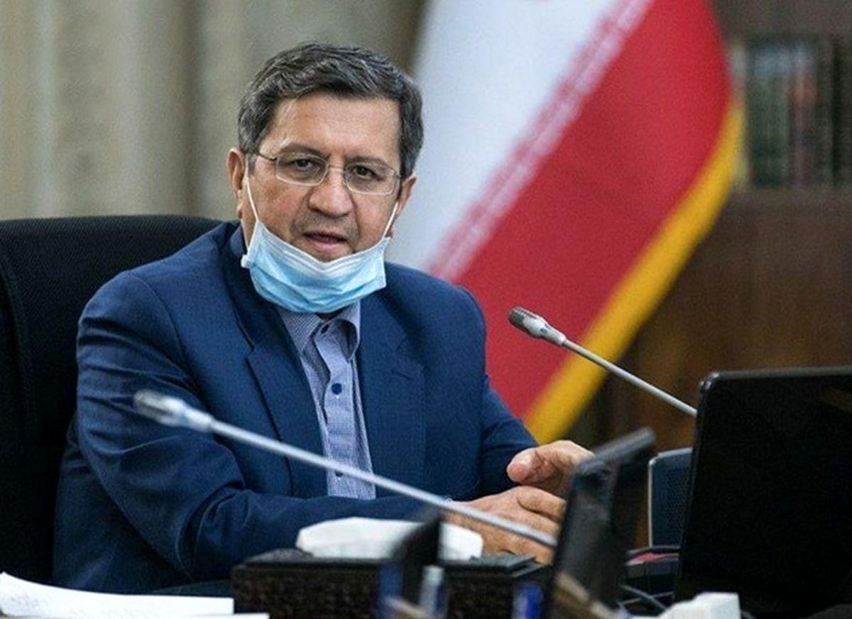 همتی: اقتصاد ایران از رکود خارج شد