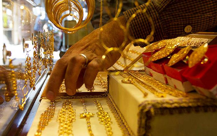 کارشناس بازار سکه و طلا عنوان کرد: کاهش نسبی نرخ طلا در بازار