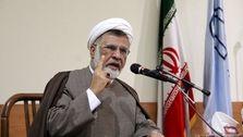 فقر و نداری مایه عزت نیست، جامعه ایران قارونی شده است نه قرآنی،امروز عدهای سودجو و رانتخوار در راس هستند