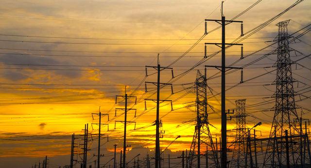 قرارداد صادرات برق ایران به عراق تمدید شد