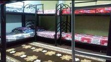 اجاره یک تخت در یک اتاق ۱۲ تخته در جنوب تهران، ۶۵۰ هزار تومان در ماه است!