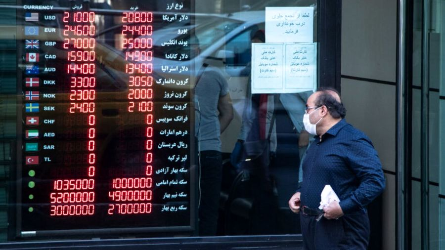 فشارهای سیاسی و تحریم عامل نوسان قیمت ارز بود