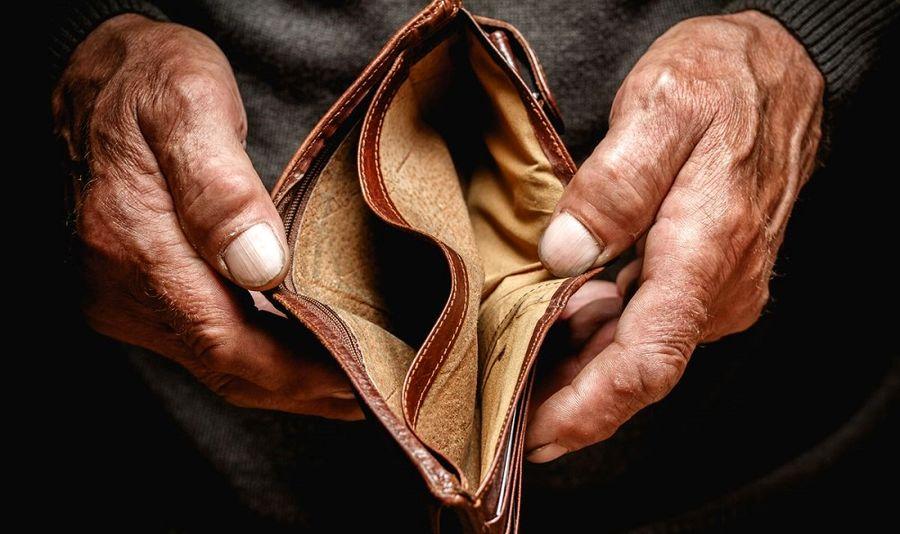 بیتوجهی وزارت کار به کاهش ۶۰ درصدی قدرت خرید مردم