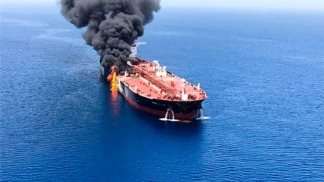 حمله به نفتکشها