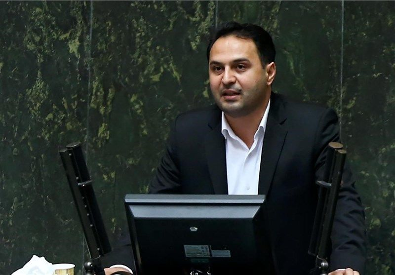 نماینده مجلس:سالیانه ۹۰۰ هزار میلیارد یارانه پنهان پرداخت می شود