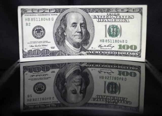 ریزش دلار در معاملات خارجی