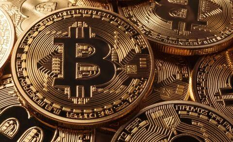 افزایش ۲۳.۸ میلیارد دلاری ارزش رمزارزها با جهش ۱۶ درصدی بیتکوین