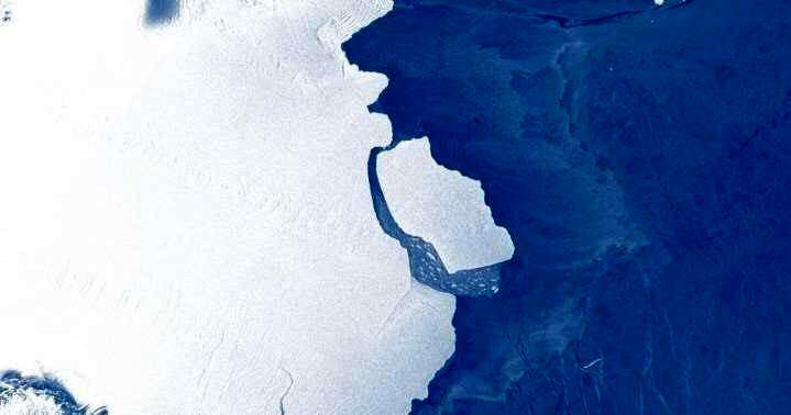 کوه یخیای به بزرگی شهر لندن از قطب شمال جدا شد