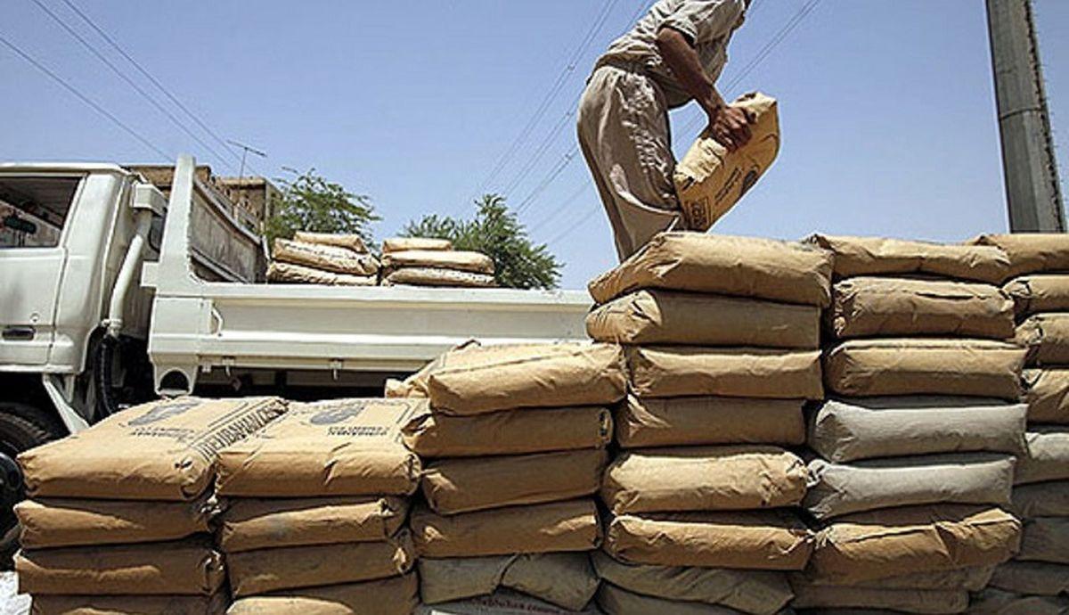 وزارت صمت: فروش سیمان در خارج بورس ممنوع است، اگر ببینیم؛ به شدت برخورد میکنیم