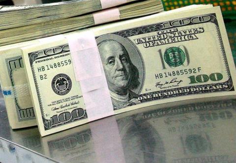 بانک مرکزی: دلار یکماهه ۴.۲ درصد ارزان شد